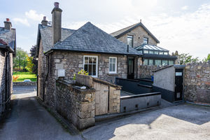 Brooklyn, Kents Bank Road, Grange-Over-Sands, Cumbria, LA11 7EY
