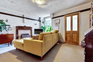 18 Upper Oak Street, Windermere, Cumbria, LA23 2LB