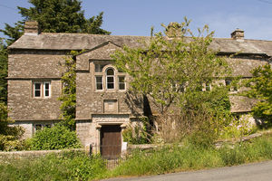 Tearnside Hall and Barns, Near Kirkby Lonsdale, Cumbria, LA6 2PU