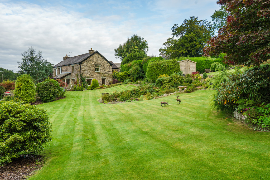 Low Cartmell Fold Barn, Crosthwaite, Cumbria. LA8 8HS