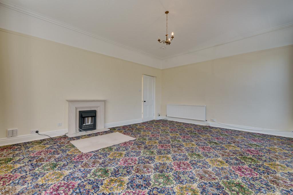 Flat 5 Abbotsford House, Kentsford Road, Grange-Over-Sands, Cumbria, LA11 7AP.