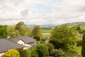 16 Beathwaite Gardens, Levens, Kendal, Cumbria, LA8 8NG