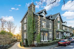 The Bowering, 6 Park Road, Windermere, Cumbria, LA23 2AW