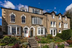Flat 1, 2 Belle Isle Terrace, Grange-Over-Sands, Cumbria, LA11 6EA