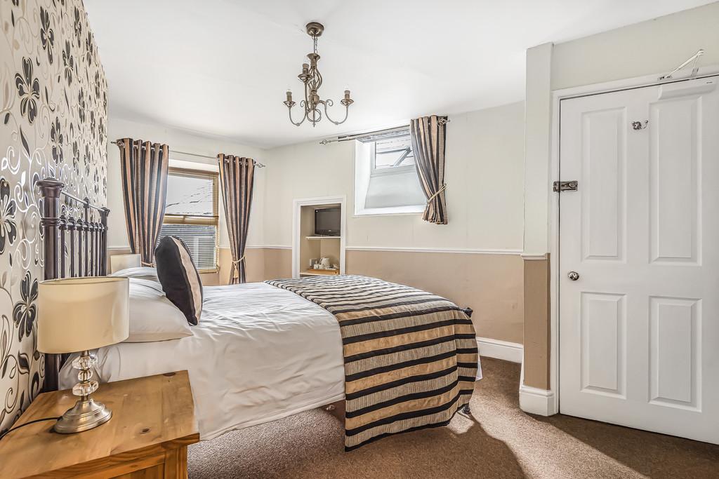 Rockside Guest House, Church Street, Windermere, Cumbria, LA23 1AQ