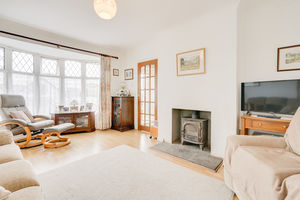 25 Priory Lane, Grange-over-Sands, Cumbria, LA11 7BH