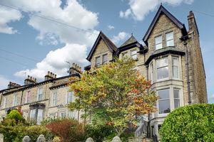 48 Greenside, Kendal, Cumbria, LA9 5DT