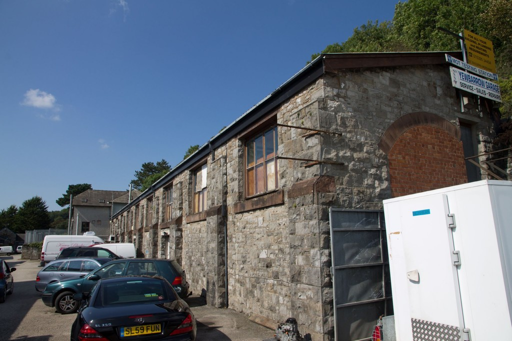 Retail Unit, 7 Station Yard, Grange-over-Sands, Cumbria, LA11 6DW