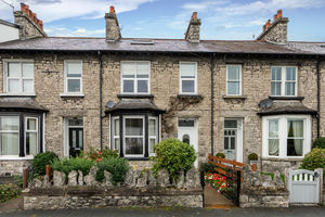 83 Appleby Road, Kendal, Cumbria, LA9 6HE