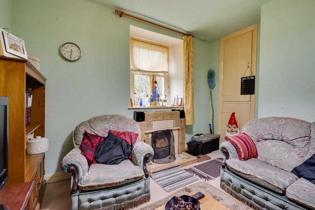 2 Vale View, Brow Edge Road, Backbarrow, Ulverston, Cumbria, LA12 8PW
