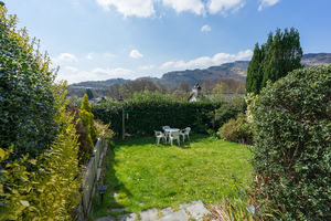 Rhubarb Cottage, 2 Undergarth, Chapel Stile, Ambleside, Cumbria LA22 9JG