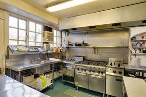 Beresfords Restaurant and Pub, Beresford Road, Windermere, Cumbria, LA23 2JG