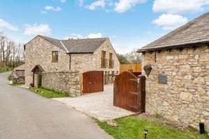 Carr Bank Road, Carr Bank, Milnthorpe, Cumbria, LA7 7LE