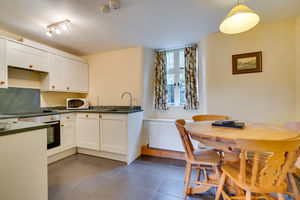 Wainwright Cottage, 1 Vale View, Coniston, Cumbria LA21 8EZ
