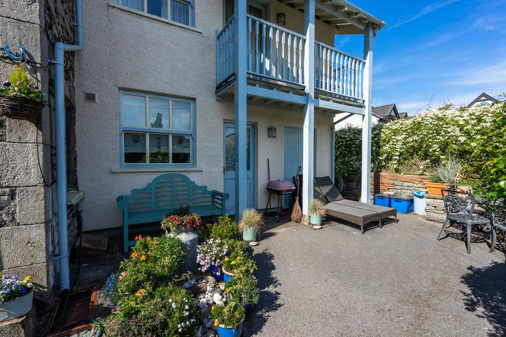 Thorn Cottage, Sandes Avenue, Kendal, Cumbria LA9 4LL