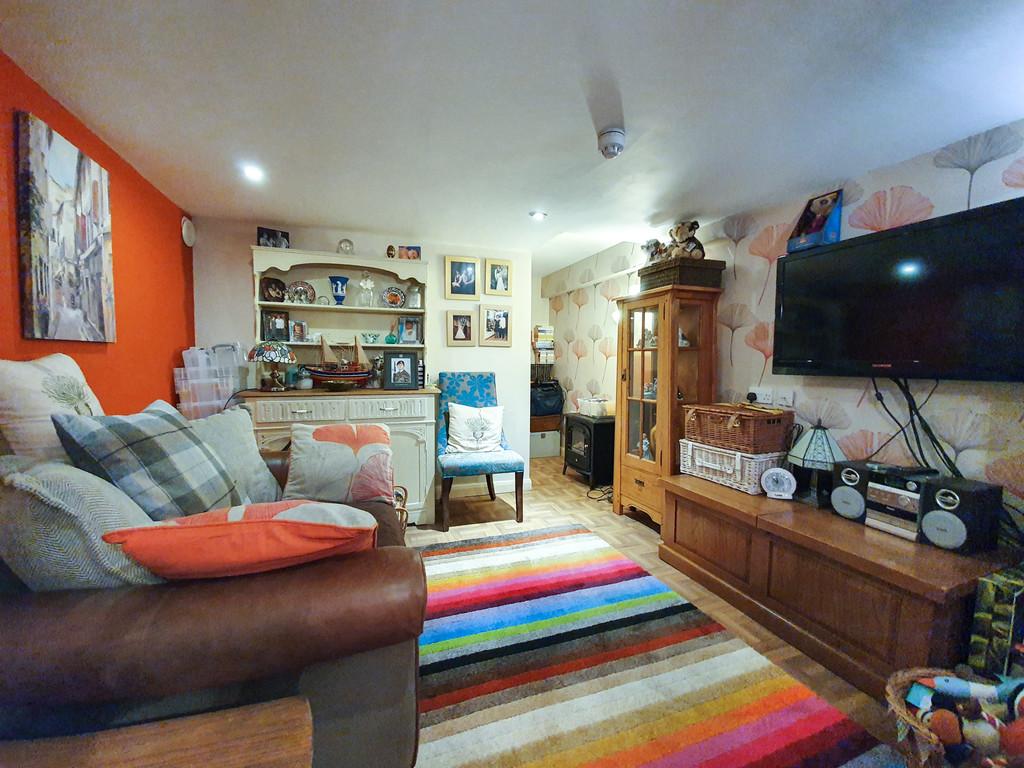 Birchleigh Guest House, Kents Bank Road, Grange-over-Sands, Cumbria, LA11 7EY