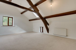 The Penthouse, 5 Mill Farm, Newby Bridge, Ulverston, Cumbria, LA12 8LZ