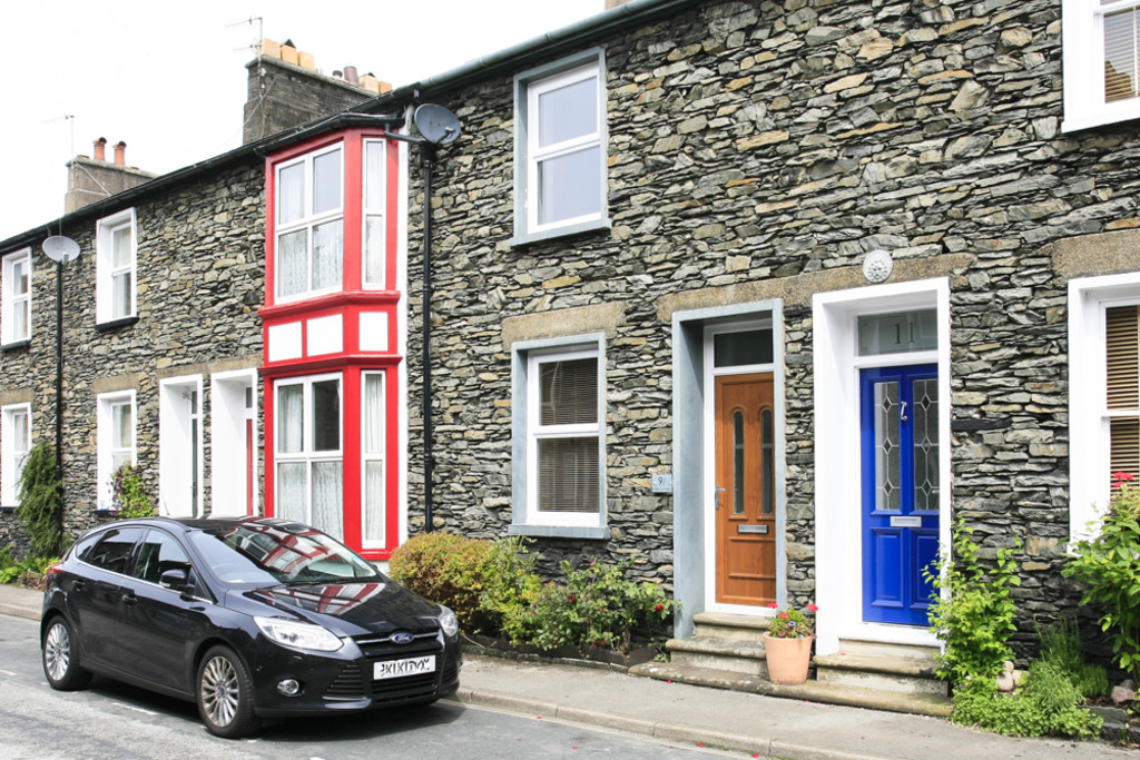Treales Cottage, 9 South Terrace, Bowness On Windermere, Cumbria, LA23 3BH
