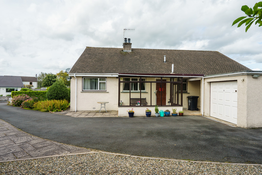 1 Robby Lea Drive, Natland, Kendal, Cumbria, LA9 7QP
