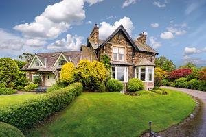 Beaumont, Thornbarrow Road, Windermere, Cumbria, LA23 2DG