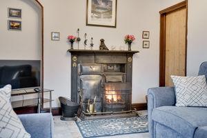 Maisies Cottage, 1 Bank Terrace, Staveley, Kendal, Cumbria, LA8 9NQ