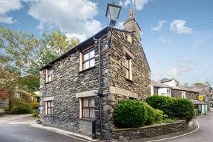 Otters Holt, St Marys Lane, Ambleside, Cumbria, LA22 9DG