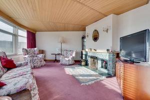 Rosetor, 2 Heads Drive, Grange-over-Sands, Cumbria, LA11 7DY