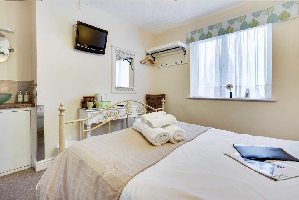 Ferndene Guest House, Ambleside Road, Keswick