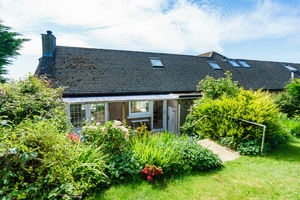 8 Cragg Drive, Grange-over-Sands, Cumbria, LA11 6BL