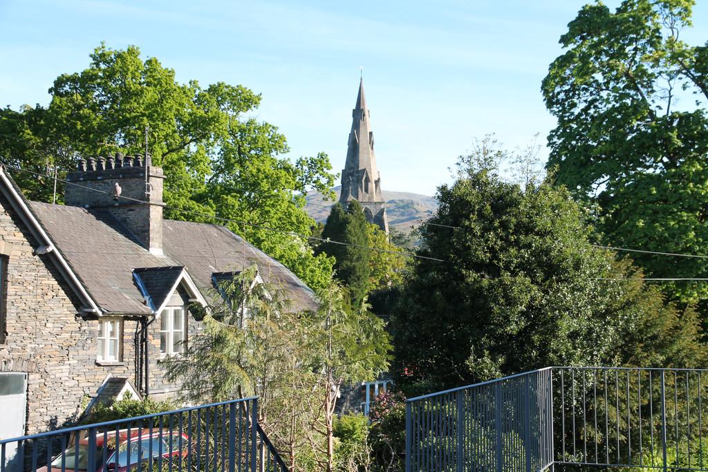 Fell View, 2 Rothay Road, Ambleside, Cumbria, LA22 0EE