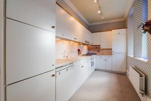 Apartment 10, Heathcliffe Court, Redhills Road, Arnside, Cumbria, LA5 0AT