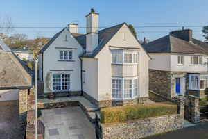 Warham, Brook Road, Windermere, Cumbria, LA23 2BU