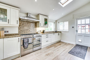 Barn Hey, Flookburgh Road, Allithwaite, Grange-over-Sands, Cumbria, LA11 7RJ