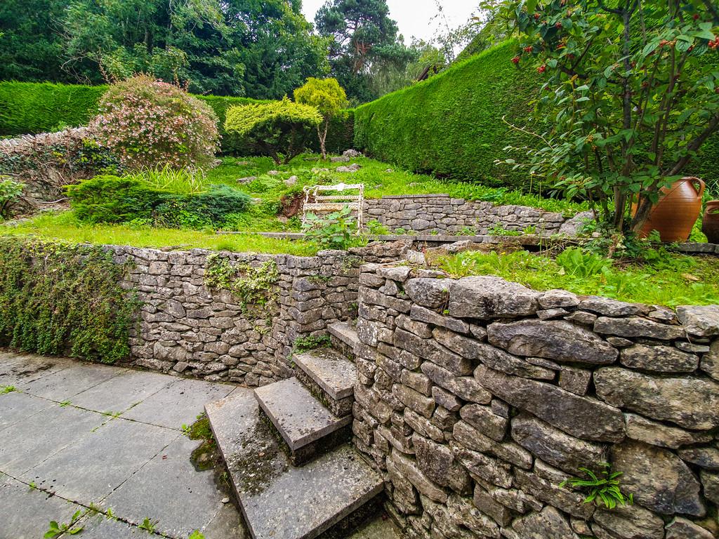 Staddle Stones, 2 Charney Fold, Charney Well Lane, Grange over Sands, Cumbria, LA11 6DB
