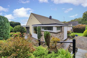 Woodcote, Far Close, Arnside, Cumbria, LA5 0BG