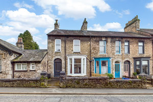 60 Castle Street, Kendal, Cumbria LA9 7AS