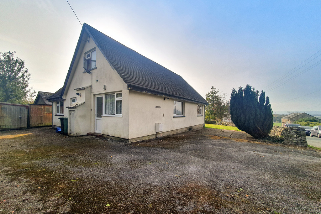 Fairways, Church Road, Levens, Kendal, Cumbria, LA8 8PS