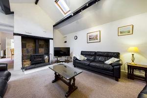 Eeabank House, 123 Station Road, Cark-in-Cartmel, Grange-over-Sands, Cumbria, LA11 7NY