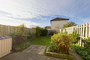39 Esthwaite Green, Kendal, Cumbria LA9 7RZ