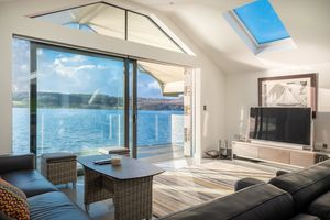 Lake View, Storrs Park, Bowness on Windermere, Cumbria, LA23 3LH