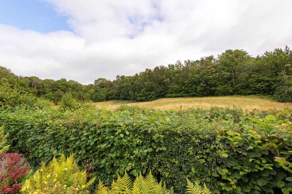 Parkside Drive, Arnside, Cumbria, LA5 0BU