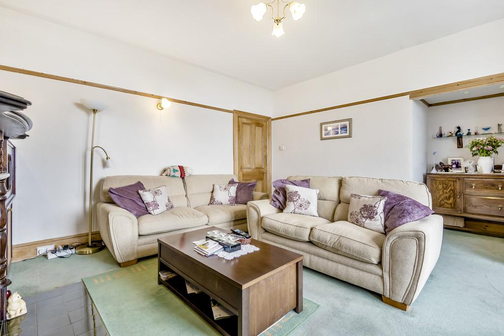 Kentsea, Hampsfell Road, Grange-over-Sands,Cumbria, LA11 6BE