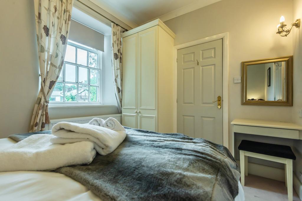 Helvellyn, Apartment 3, Beck Allans, College Street, Grasmere, Cumbria, LA22 9SZ