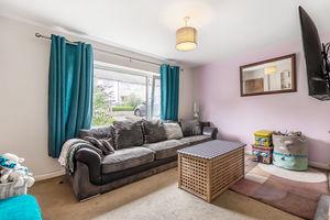 11 Bleaswood Road, Oxenholme, Kendal, Cumbria, LA9 7EY