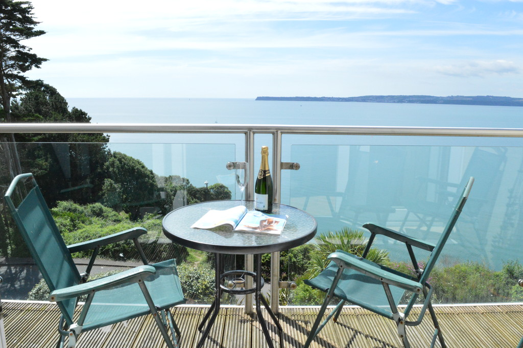3 Bedroom Marine Apartment for Let