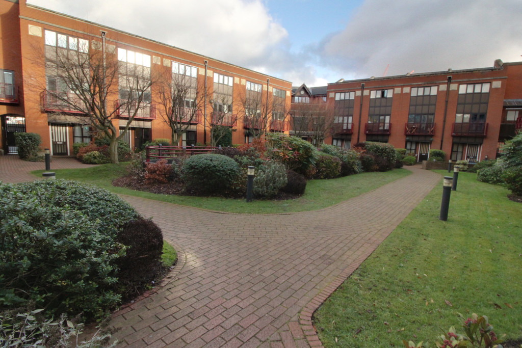 Image 1/6 of property Kings Court, 108 Livery Street, Birmingham, B3 1RR