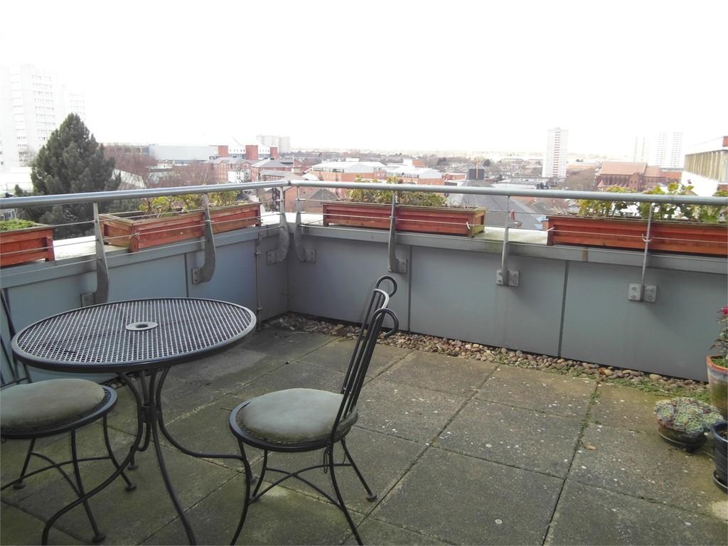 Image 3/9 of property Islington Gates, 4 Fleet Street, Birmingham, B3 1JH