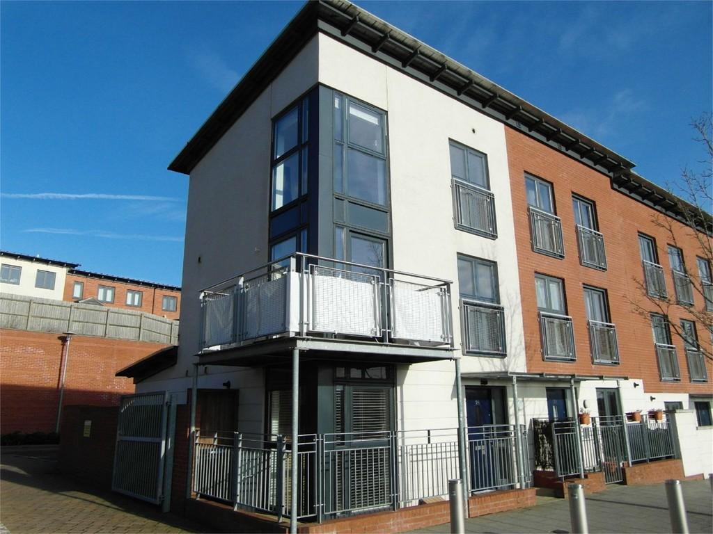 Image 1/13 of property Mosedale Way, Birmingham, B15 2BL