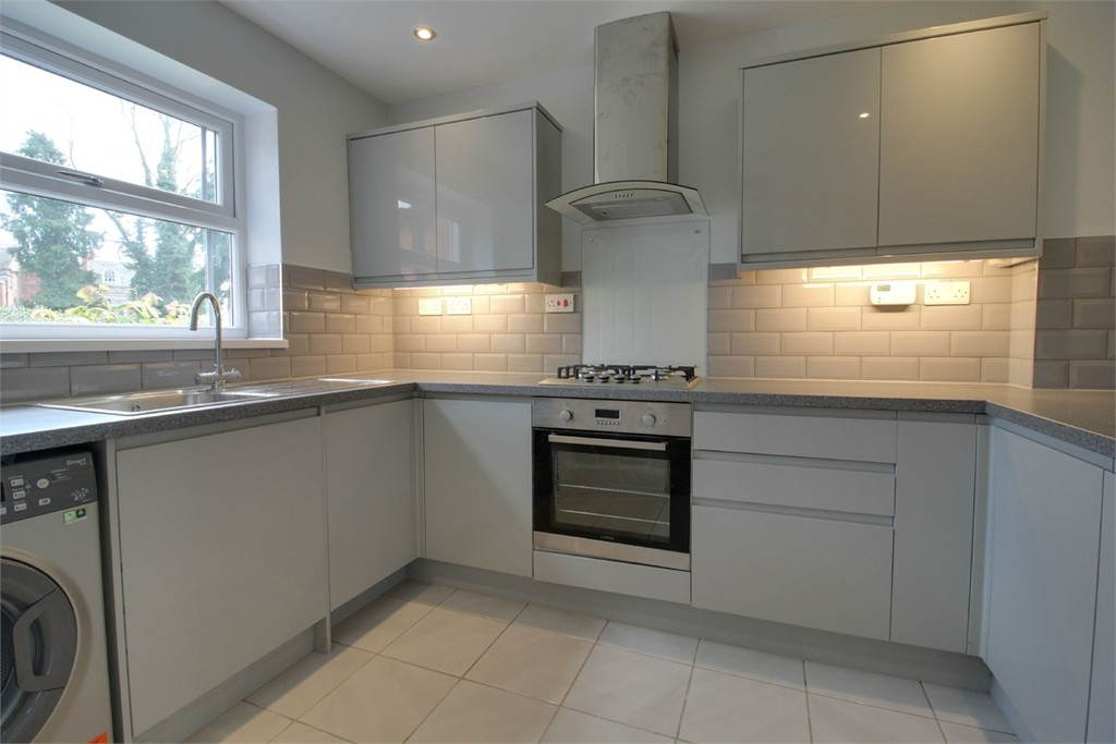 Image 2/11 of property Elvetham Road, Edgbaston, B15 2LZ