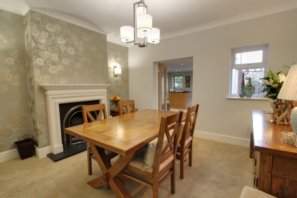Image 8/23 of property Serpentine Road, Harborne, B17 9RE